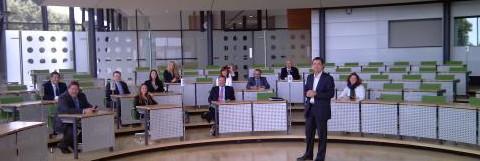 Die Teilnehmer der Studienreise im sächsischen Landtag. (Quelle: FNF)