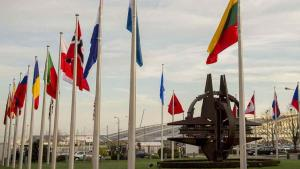 160211-d-dt527-007_nato_country_flags_wave_at_the_entrance_of_nato_headquarters_in_brussels_2016
